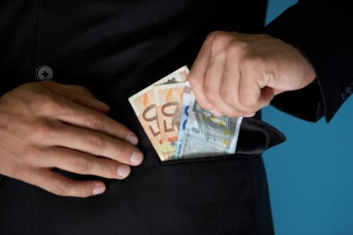 Privat 100 Euro Geld leihen sofort ausgezahlt